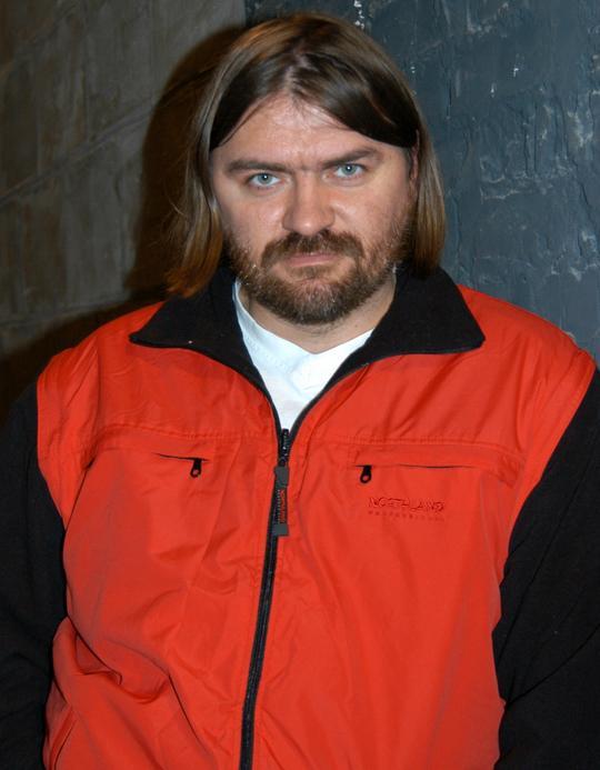 Олесь Санін